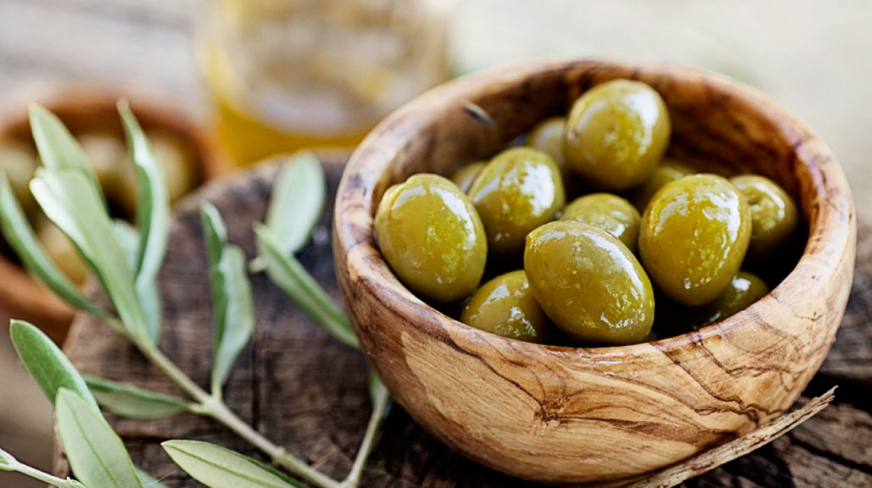 PHOTO_GREEN-OLIVES